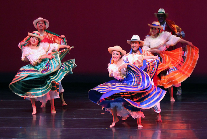Colombian Folkloric Ballet